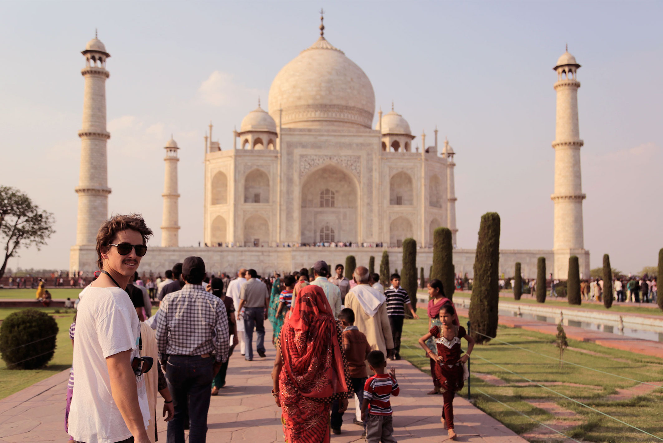 traveler-at-taj