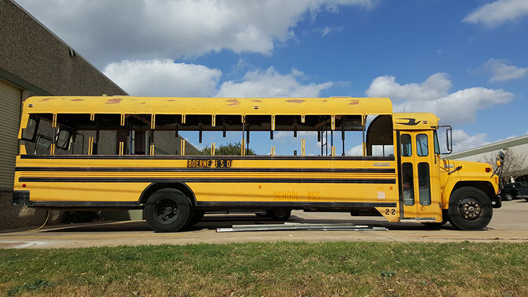 5_school-bus-converted-into-tiny-home
