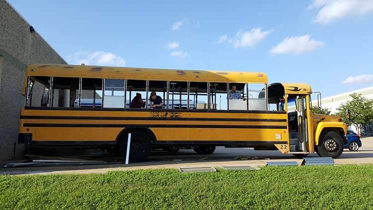 6_school-bus-converted-into-tiny-home