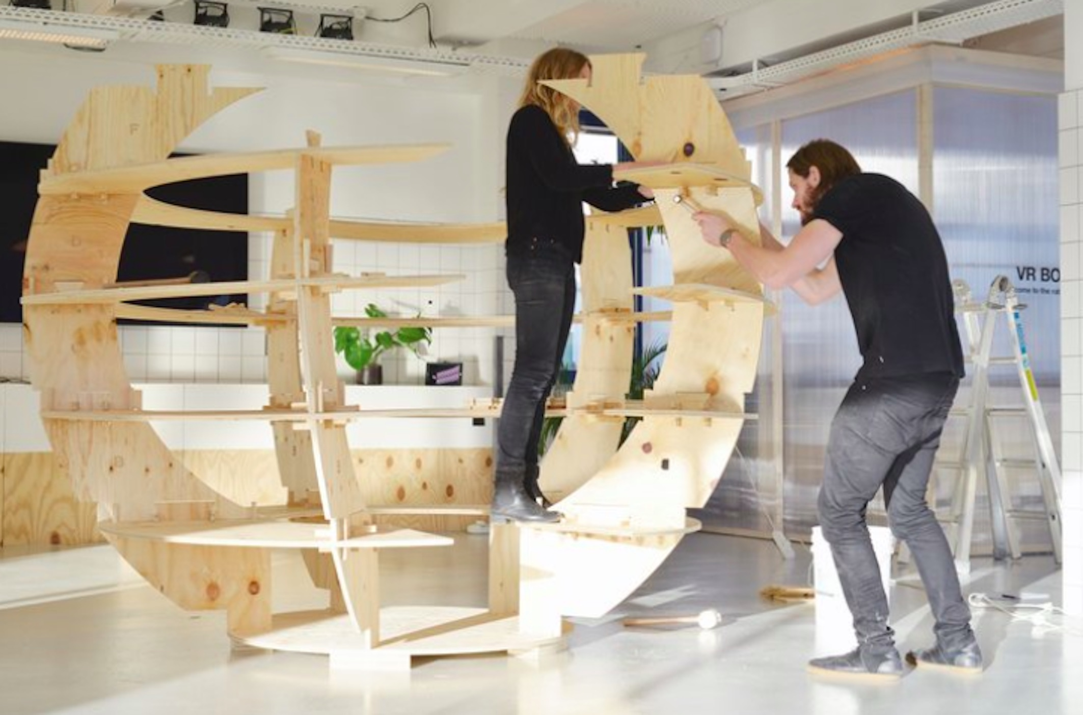 IKEA garden sphere: free plans for a sustainable garden